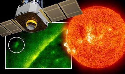 Vệ tinh của NASA chụp được ảnh UFO lớn hơn cả Trái đất ở gần Mặt trời? - ảnh 1