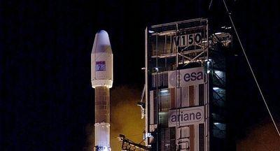 Quân đội Mỹ phát hiện tên lửa Ariane 4 của châu Âu phát nổ trong không gian - ảnh 1