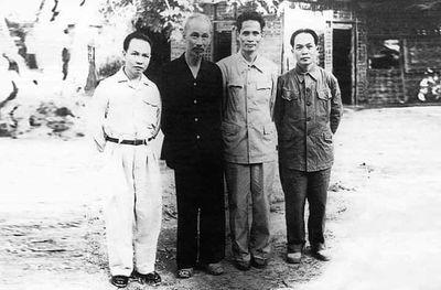 Đại tướng Võ Nguyên Giáp: Nhà báo của nhân dân, Danh tướng vì hòa bình - ảnh 1
