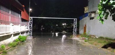 Kiến Thụy - Hải Phòng: Dân tự lập Barie chặn đứng con đường liên thôn tại xã Ngũ Phúc - ảnh 1