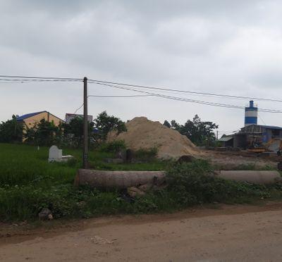 Tiên Lữ - Hưng Yên: Doanh nghiệp san lấp trái phép hàng nghìn mét vuông trên đất nông nghiệp, Chủ tịch xã không biết - ảnh 1