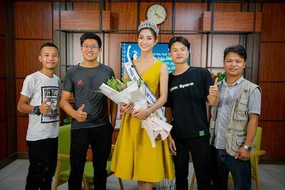 Hoa hậu Lương Thùy Linh và hành trang đi tới tương lai rộng mở - ảnh 1