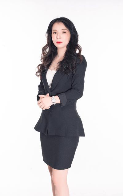 Hành trình trở thành nữ CEO quyền lực của một viên chức nhà nước bình thường Nguyễn Thị Thúy (Thúy Anh) - ảnh 1
