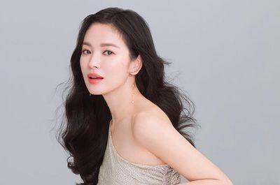 Song Hye Kyo lần đầu xuất hiện trước công chúng tại Hàn Quốc sau ly hôn - ảnh 1