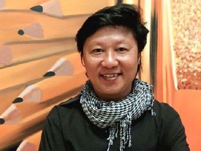 Vụ nữ ca sĩ mặc Áo Dài phản cảm: Những ý kiến trái ngược từ phía NTK Việt - ảnh 1