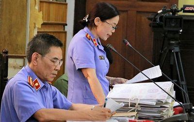 Xét xử gian lận điểm thi ở Sơn La: Quyết định bất ngờ từ HĐXX - ảnh 1