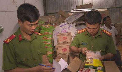 Người đàn ông bán hơn 11 tấn hạt nêm Knorr và bột ngọt giả bị khởi tố - ảnh 1