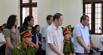 Xét xử gian lận điểm thi ở Hà Giang: Tuyên án các bị cáo trong sáng nay (25/10) - ảnh 1