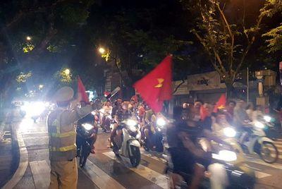Trận Việt Nam - Malaysia diễn ra: Những đường nào bị cấm di chuyển? - ảnh 1