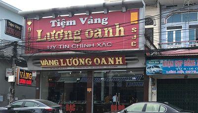 Vụ đối tượng bịt mặt cướp tiệm vàng ở Quảng Ninh: Nhân chứng kể lại giây phút giằng co với tên cướp - ảnh 1