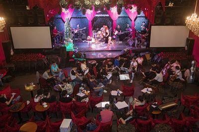 Hé lộ về dàn nhạc đỉnh nhất Việt Nam giúp Lệ Quyên thăng hoa trên sân khấu - ảnh 1
