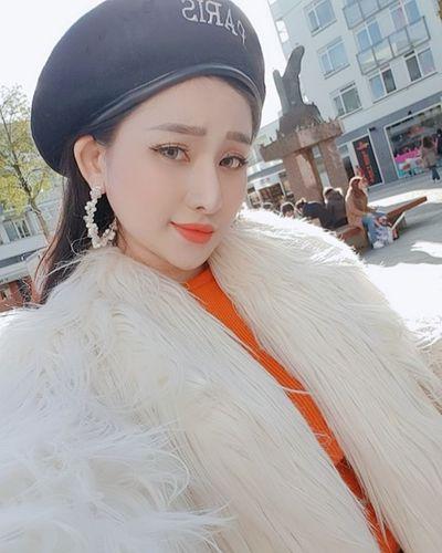 3 năm sau cuộc hôn nhân chóng vánh, vợ cũ hot girl của Hồ Quang Hiếu bây giờ ra sao? - ảnh 1