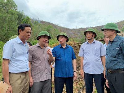 Vì sao chưa huy động trực thăng chữa cháy rừng nghiêm trọng ở Hà Tĩnh? - ảnh 1
