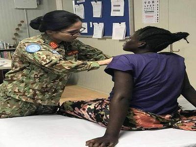 Cứu sống vợ con thống đốc ở Nam Sudan, bác sĩ Việt Nam được tặng món quà bất ngờ - ảnh 1