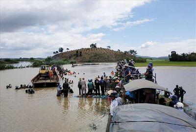 Tập trung mọi nguồn lực, xử lý sự cố vỡ đê bao Quảng Điền ở Đắk Lắk - ảnh 1