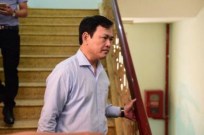 Luật sư nói về việc thay đổi thẩm phán xét xử vụ ông Nguyễn Hữu Linh dâm ô bé gái trong thang máy - ảnh 1