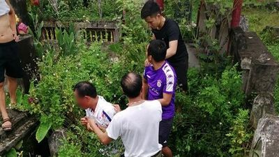 Làm rõ vụ người dân vây bắt đối tượng có biểu hiện nghi bắt cóc trẻ em tại Hà Nội - ảnh 1