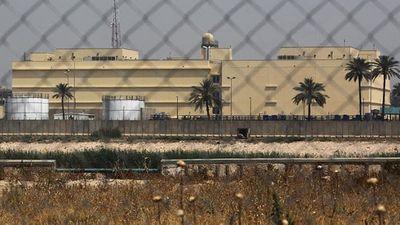 Căn cứ quân sự gần đại sứ quán Mỹ tại Iraq bị trúng tên lửa - ảnh 1