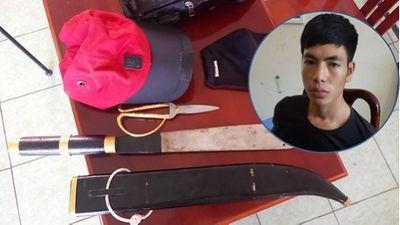 Tạm giam nam thanh niên vừa ra tù đã vác dao đi cướp tài sản rồi hiếp dâm thiếu nữ 21 tuổi - ảnh 1