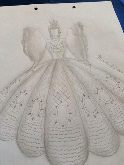 Chàng sinh viên khiến cư dân mạng ghen tị vì tự thiết kế, may váy dạ hội tặng em gái - ảnh 1