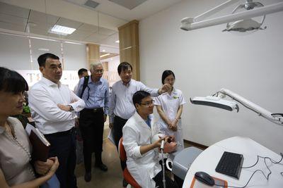 Đoàn Cục Khoa học Công nghệ và Đào tạo đến thăm, làm việc tại Trường ĐH Kinh doanh & Công nghệ Hà Nội  - ảnh 1