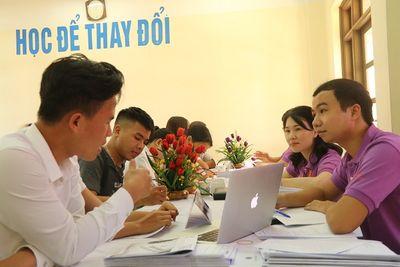 Hàng ngàn tân SV làm thủ tục nhập học đợt 1 tại Trường ĐH Đại Nam - ảnh 1