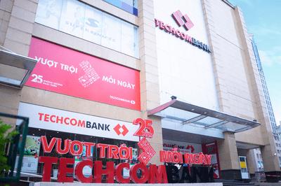 """""""Giải mã"""" tăng trưởng lợi nhuận liên tiếp của Techcombank  - ảnh 1"""