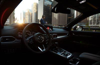 Mazda CX-8 Deluxe - Lựa chọn SUV 7 chỗ dưới 1,1 tỷ đồng  - ảnh 1