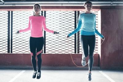 Nhảy dây có thực sự giảm cân hay không?  - ảnh 1