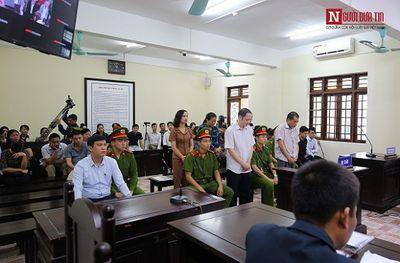 """Vụ gian lận thi cử ở Hà Giang: Vợ chủ tịch tỉnh bị kỷ luật vì nhắn tin cho bà Triệu Thị Chính nhờ """"giúp đỡ"""" - ảnh 1"""