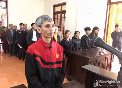 Đâm hàng xóm trọng thương vì mâu thuẫn từ rổ mướp, người đàn ông lãnh 3 năm tù - ảnh 1