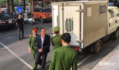 Hoãn phiên tòa xử nguyên Chánh thanh tra bộ Thông tin và Truyền thông vì ông Trương Minh Tuấn vắng mặt  - ảnh 1