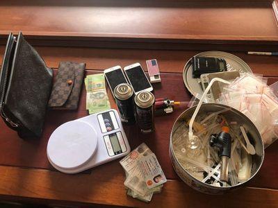 Nữ sinh viên 9x ngành dược ở Sài Gòn bị bắt khi đang bán ma túy cho con nghiện - ảnh 1