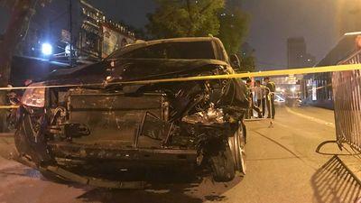 """Hà Nội: """"Xe điên"""" tông hàng loạt phương tiện trên phố khiến nữ lao công chết thảm - ảnh 1"""