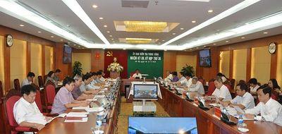 Gian lận thi cử tại Sơn La: Ủy ban Kiểm tra Trung ương kỷ luật cảnh cáo Phó chủ tịch tỉnh - ảnh 1