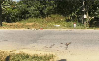 Quảng Nam: Hai xe máy va chạm kinh hoàng, 2 người tử vong - ảnh 1