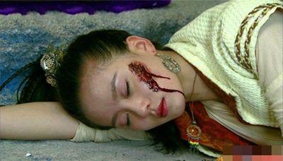 1001 kiểu hủy dung trong phim Hoa ngữ: Người đau đớn đáng thương, kẻ hài hước, gây cười - ảnh 1