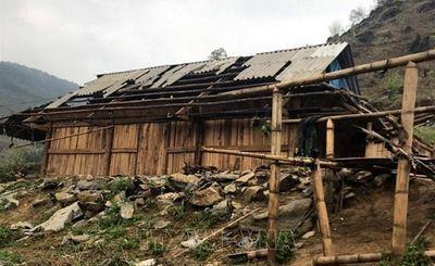 Một người tử vong, hàng ngàn ngôi nhà ở miền núi phía Bắc bị tàn phá vì mưa lớn - ảnh 1