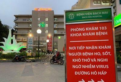 Hàng quán xung quanh bệnh viện Bạch Mai cửa đóng then cài giữa mùa dịch Covid-19 - ảnh 1
