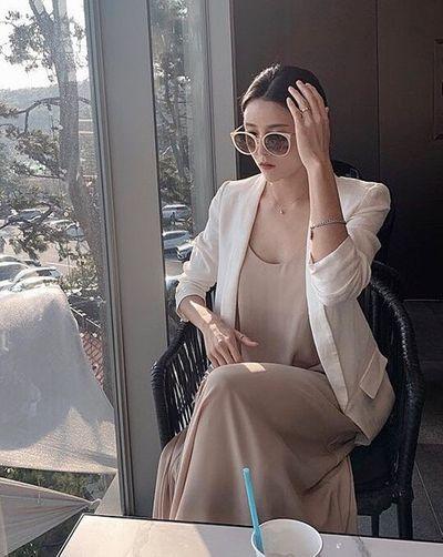"""""""Nữ thần bóng chuyền"""" Hàn Quốc gây sốt mạng xã hội vì vẻ ngoài xinh đẹp như búp bê cùng sở thích """"kỳ lạ"""" - ảnh 1"""