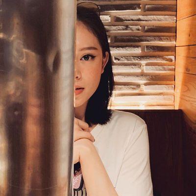 """Phillip Nguyễn công khai """"anh yêu em"""", Linh Rin đáp lại khiến dân mạng bất ngờ - ảnh 1"""