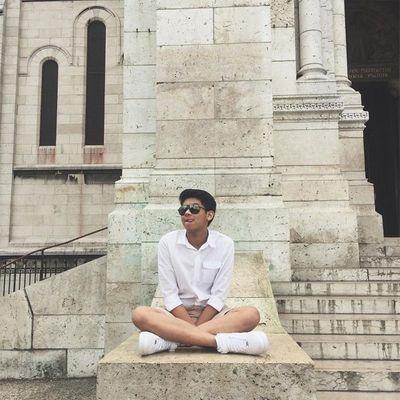 """Em chồng Tăng Thanh Hà gây """"sốt"""" với bức ảnh đời thường chụp ở London - ảnh 1"""