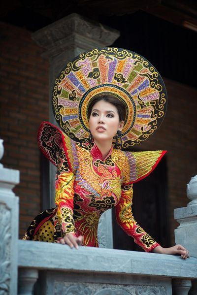 Tin tức giải trí mới nhất ngày 20/10: Người đẹp Việt Nam đăng quang Hoa hậu Siêu Hoàn Cầu 2019 - ảnh 1