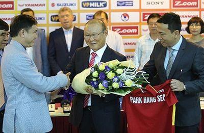 Tin tức thể thao mới nóng nhất ngày 7/11/2019: Quảng Hải đoạt giải Cầu thủ xuất sắc nhất V-League - ảnh 1