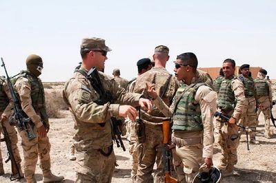 Thêm 2 quả tên lửa rơi xuống vùng Xanh, gần Đại sứ Quán Mỹ ở Iraq - ảnh 1