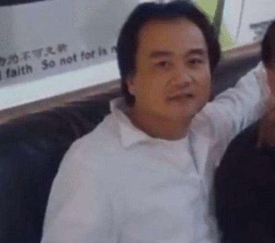 Di ngôn đẫm nước mắt của đạo diễn Trung Quốc cùng 3 người thân qua đời vì nhiễm Covid-19 - ảnh 1