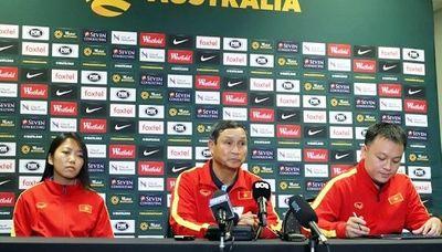HLV Mai Đức Chung: Australia quá mạnh dù tuyển nữ Việt Nam tiến bộ rất nhiều - ảnh 1