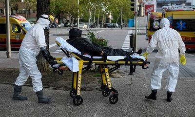 Tình hình dịch virus corona ngày 21/4: Số ca tử vong tại Mỹ, Tây Ban Nha, Anh giảm mạnh - ảnh 1