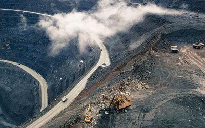 Tổng thống Vladimir Putin điều quân đội đến mỏ vàng lớn nhất nước Nga vì Covid-19 - ảnh 1
