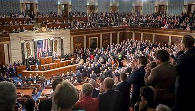 """Thượng viện Mỹ thông qua dự luật chống lại """"luật an ninh Hong Kong"""" của Trung Quốc - ảnh 1"""